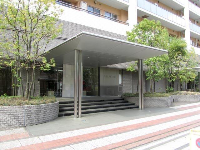 渋谷アインスのエントランス