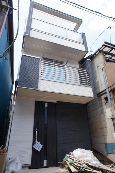 東京都新築一戶建,鄰近地鐵,附近有超市及便利店,生活方便自用之選